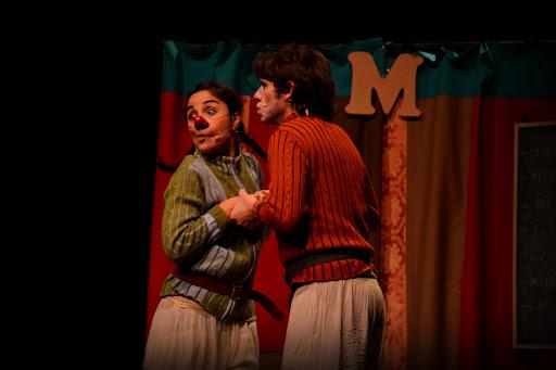Julieu i Rometa. Una història d'amor improvisada - Ladonabarbuda. La Saleta